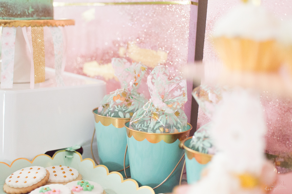 Blush and mint favors