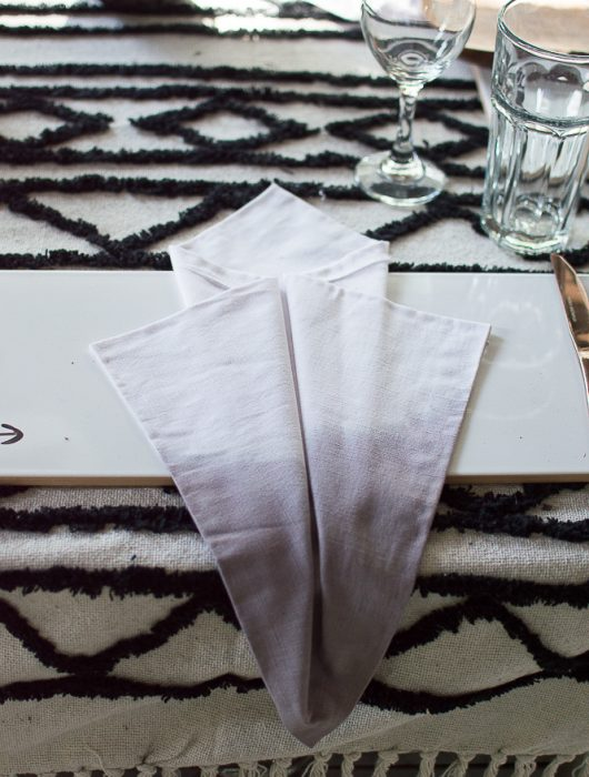 making ombre napkins
